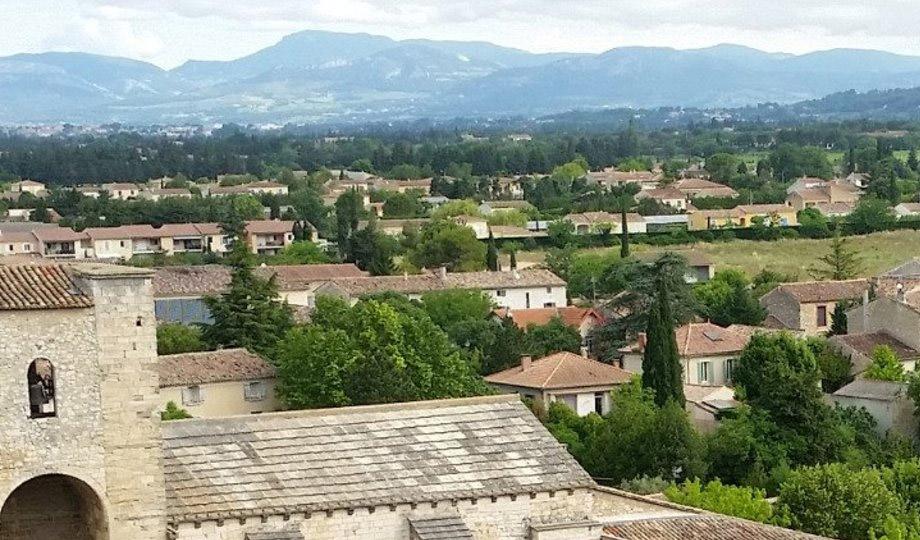 Achat immobilier dans le Vaucluse : Pernes les Fontaines ou Avignon ?